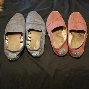 2 pairs of TOMs Loafer